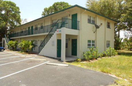 Katherine St, Fort Myers