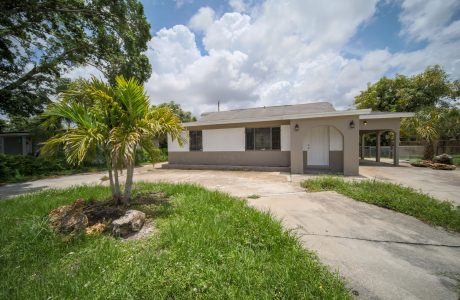 Pawnee St, Fort Myers. FL